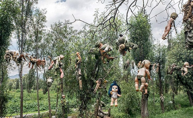 island-of-dolls-mexico
