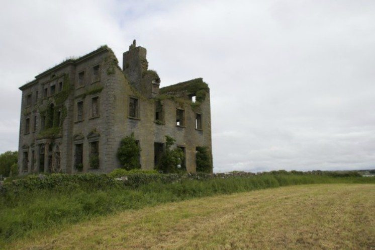 44-abandonedmansionsireland