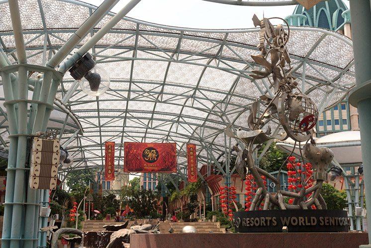 Shopping mall The forum at Resort World Sentosa, Singapore