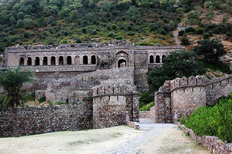 bhangarh-fort-rajasthan-india