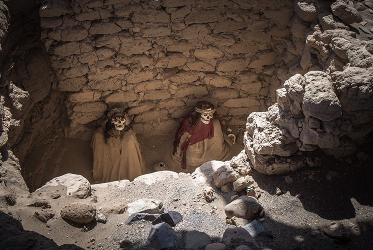 Chauchilla Cemetery with prehispanic mummies in Nazca desert, Pe