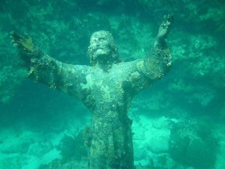 christ-of-the-abyss-san-fruttuoso-italy