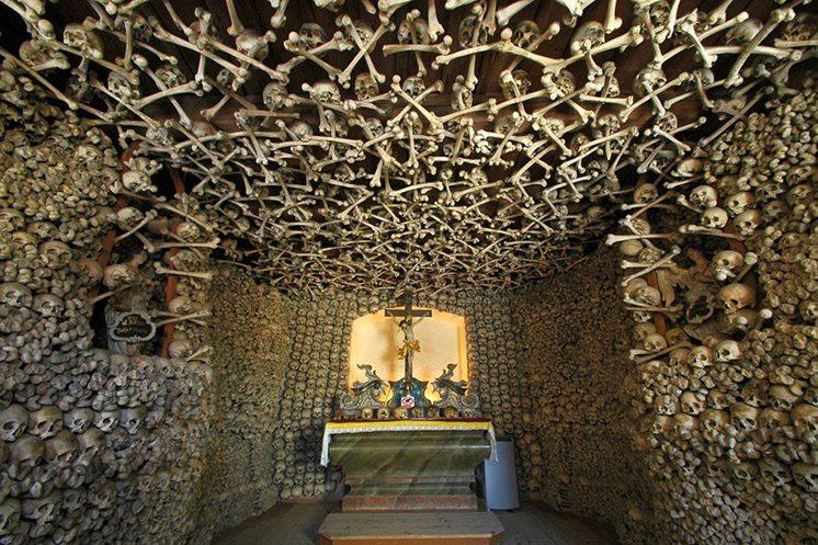 skull-chapel-poland