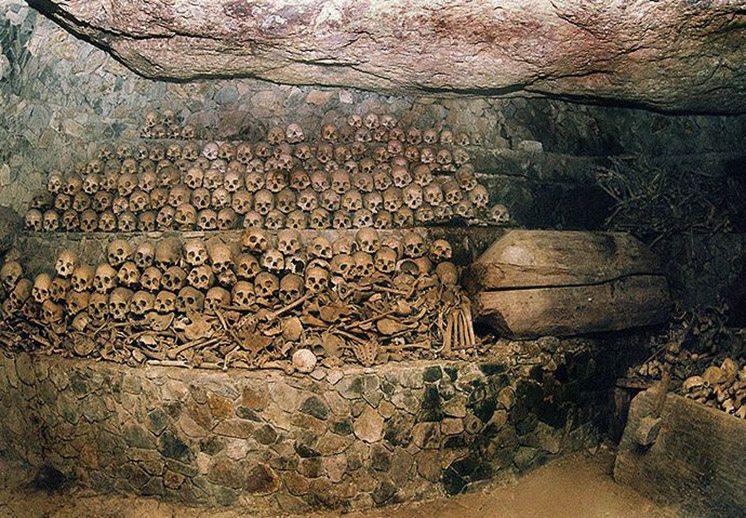 timbak-burial-cave-sagada-philippines